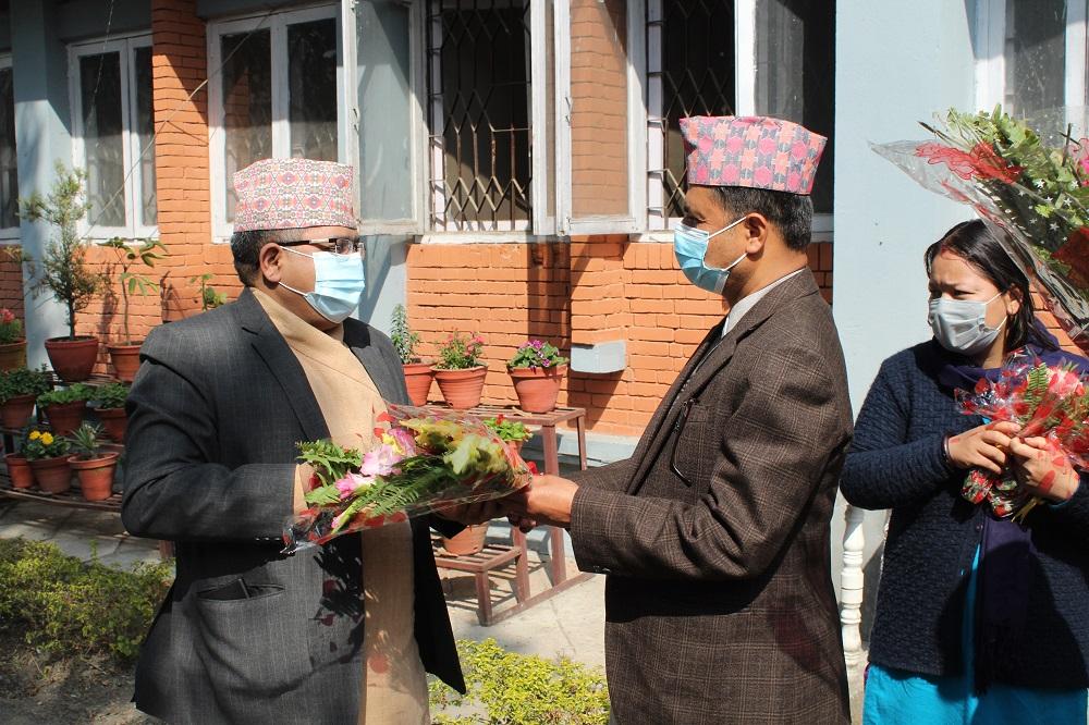 उद्योग सचिव श्री अर्जुन प्रसाद पोखरेल र वाणिज्य तथा आपूर्ति सचिव श्री दिनेश भट्टराई ज्यू को मिति २०७७।११।०५-०६ क्रमश स्वागत कार्यक्रमका तस्वीरहरु ।