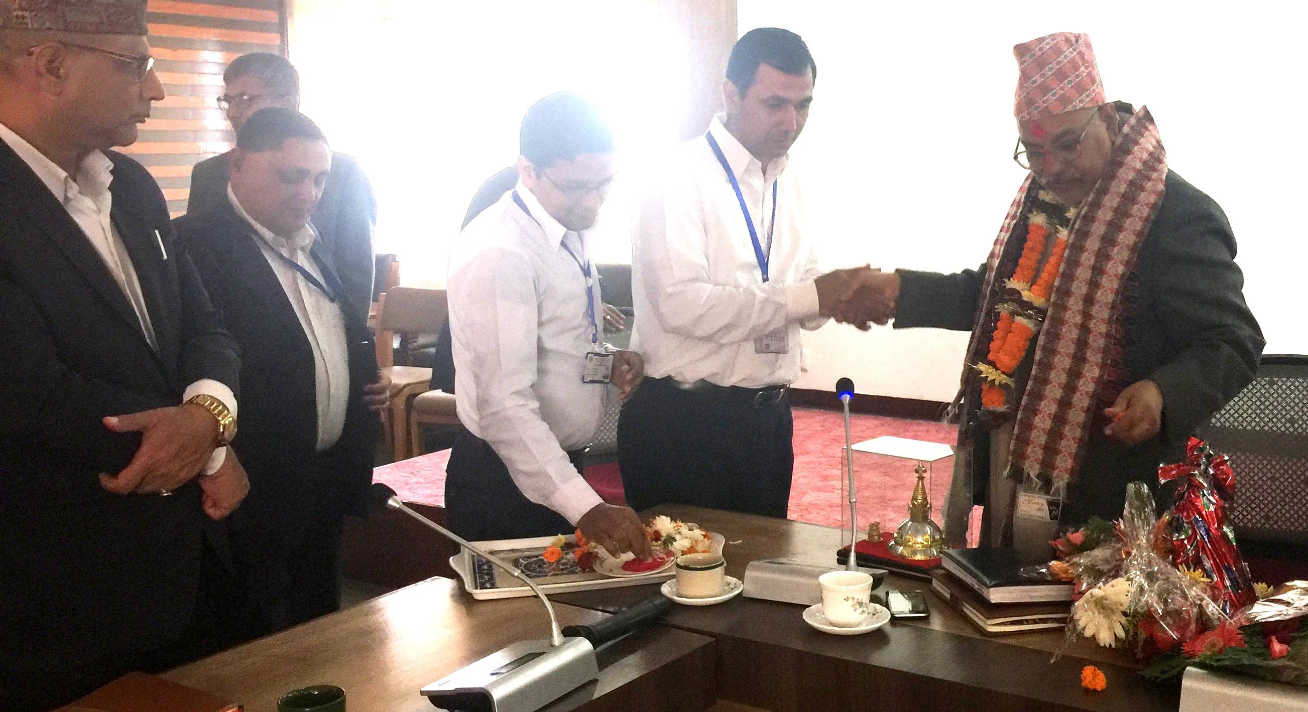 सचिव श्री शंकर प्रसाद कोईरालाज्यूको मिति २०७४।०७।१२ मा सम्पन्न विदाई कार्यक्रमका तस्वीरहरु